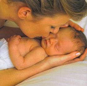 Geri Halliwell: Niềm hạnh phúc của người mẹ can đảm - 1