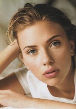Scarlett Johansson: Vẻ đẹp của một người đàn bà đích thực! - 1