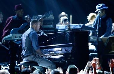 Toàn cảnh lễ trao giải âm nhạc lớn nhất hành tinh - 19