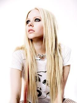 Avril Lavigne: Một ngoại hình hoàn toàn mới  - 9