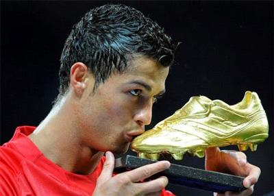 """""""Quả bóng vàng châu Âu 2008"""" chính thức thuộc về C. Ronaldo - 1"""