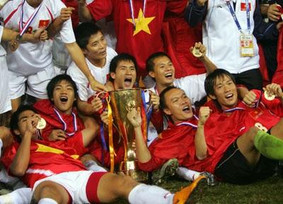 Báo chí quốc tế đồng loạt đưa tin Việt Nam vô địch - 1