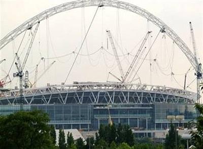 Sân Wembley được chọn đăng cai chung kết Champions League 2011 - 1