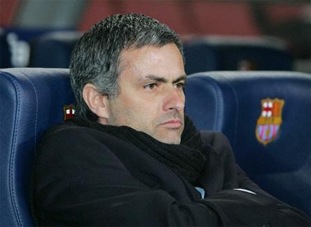 Mourinho muốn được kế vị Ferguson dẫn dắt MU - 1