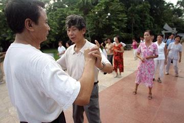 Những điệu nhảy lúc bình minh - 3