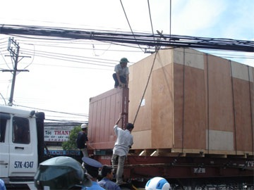 Tài xế bỏ rơ-mooc, cầu Tân Thuận kẹt xe nhiều giờ - 5
