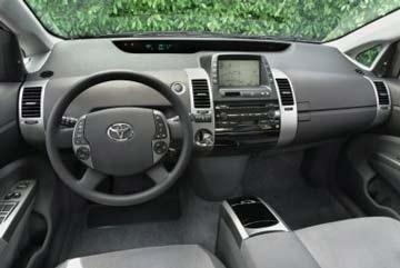 Lỗi trong phần mềm máy tính xe Toyota Prius - 1