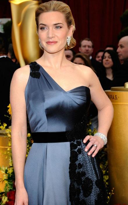 Kate Winslet, Sean Penn, Penelope Cruz, Heath Ledger giành giải Oscar - 15