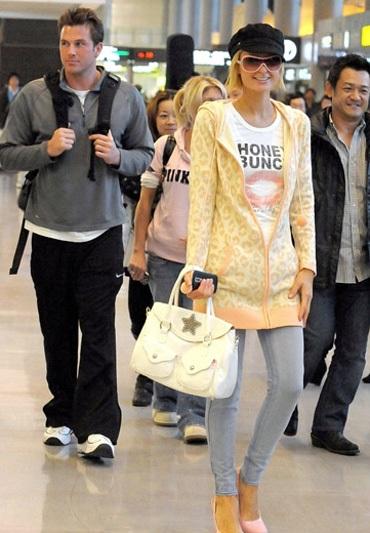 Paris Hilton có bạn trai mới - 1