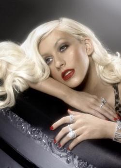 Christina Aguilera: Ảnh đẹp mà không có chỗ đăng! - 1