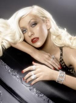 Christina Aguilera: Ảnh đẹp mà không có chỗ đăng! - 6