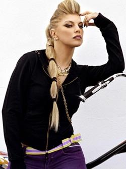 Fergie làm người mẫu thời trang - 1