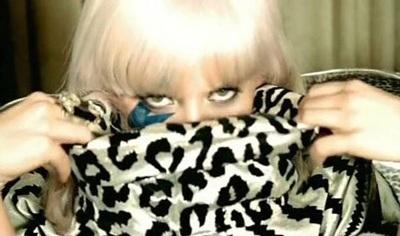 """Christina Aguilera: """"Tôi chẳng cần bắt chước ai cả!"""" - 8"""