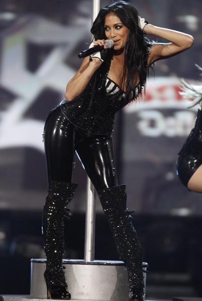 """Xem những màn trình diễn """"rực lửa"""" của Nicole Scherzinger - 10"""