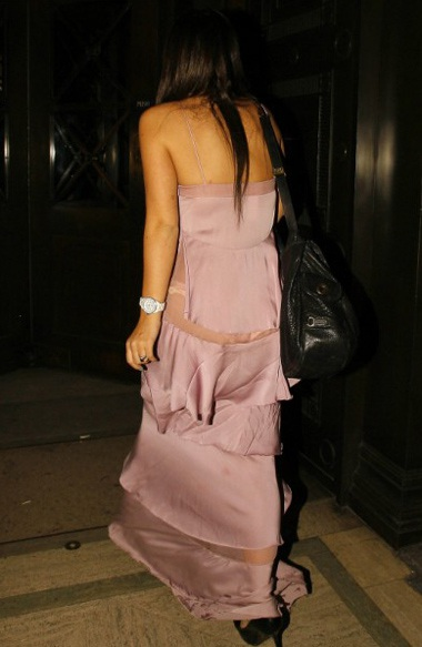Hai chiếc váy kỳ dị của Lily Allen và Diana Ross - 7