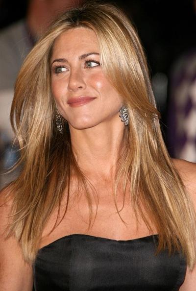 Jennifer Aniston: Chưa bao giờ gợi cảm đến thế - 6