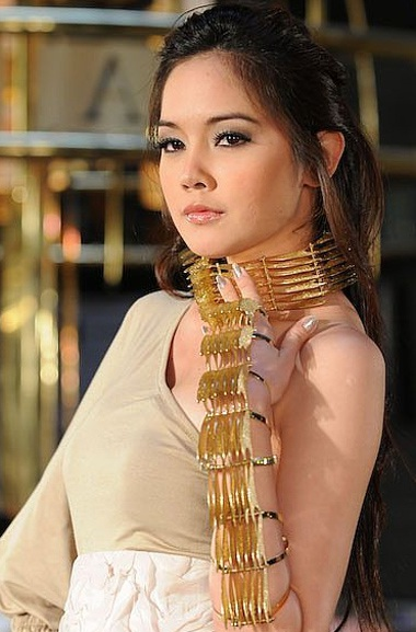 Người đẹp Thái Lan: Duyên dáng tới lạ kỳ - 4