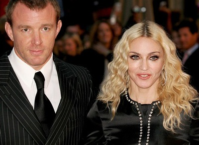 Madonna không đón Giáng sinh cùng chồng cũ - 1