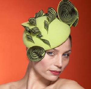 Những chiếc mũ ấn tượng của Philip Treacy - 23