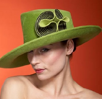 Những chiếc mũ ấn tượng của Philip Treacy - 22