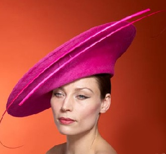Những chiếc mũ ấn tượng của Philip Treacy - 21