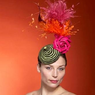 Những chiếc mũ ấn tượng của Philip Treacy - 19