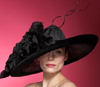 Những chiếc mũ ấn tượng của Philip Treacy - 9