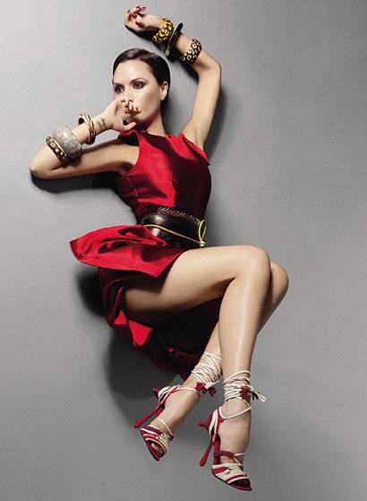 Victoria Beckham ấn tượng trên Vogue - 3