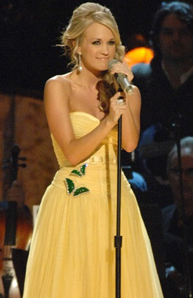 Carrie Underwood thắng lớn tại lễ trao giải Country Music Association - 2