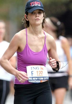 Katie Holmes chạy marathon! - 2