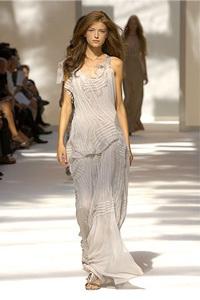 BST xuân - hè 2007 của Alberta Ferretti: - 28