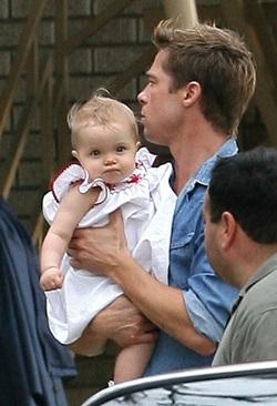 Bé Shiloh Nouvel Jolie-Pitt liên tục xuất hiện! - 4