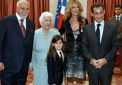 Vợ chồng Celine Dion được tạc tượng - 4
