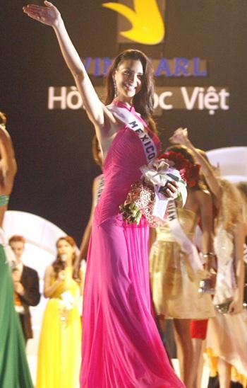 10 gương mặt sáng giá của cuộc thi Hoa hậu Hoàn vũ 2008 - 1