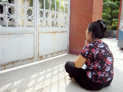 Lời cầu nguyện ngoài phòng thi - 2