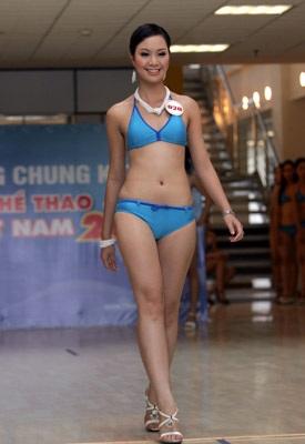 Ngắm người đẹp thể thao trong trang phục bikini - 15