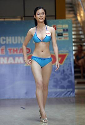 Ngắm người đẹp thể thao trong trang phục bikini - 11