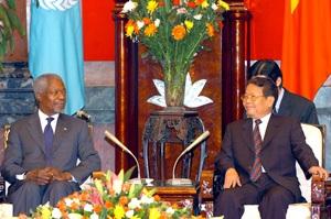 Chủ tịch Trần Đức Lương tiếp Tổng thư ký Liên hợp quốc Kofi Annan - 4
