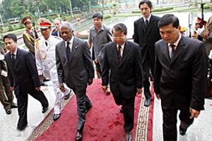 Chủ tịch Trần Đức Lương tiếp Tổng thư ký Liên hợp quốc Kofi Annan - 3