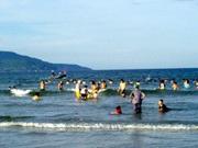 Xuống biển cào tiền - 1