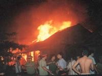 Chùm ảnh vụ cháy chợ Hà Đông - 1