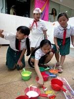 Tô màu bức tranh dài nhất Việt Nam - 10