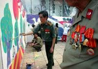 Tô màu bức tranh dài nhất Việt Nam - 3