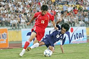 U21 Thái Lan làm loạn trên sân - 3