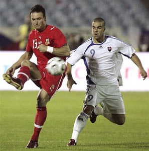 """Đức """"thảm sát"""" San Marino, CH Séc thắng derby Tiệp Khắc - 1"""