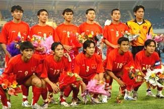 Việt Nam vào thẳng vòng chung kết - 1