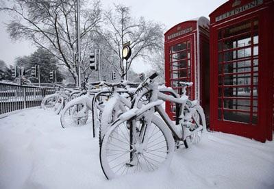 Giao thông nước Anh trong bão tuyết - 19