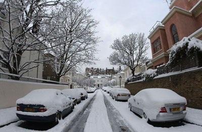Giao thông nước Anh trong bão tuyết - 20