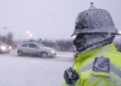 Giao thông nước Anh trong bão tuyết - 6