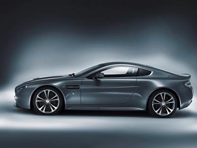 Aston Martin Vantage V12 - Sức mạnh mới - 2